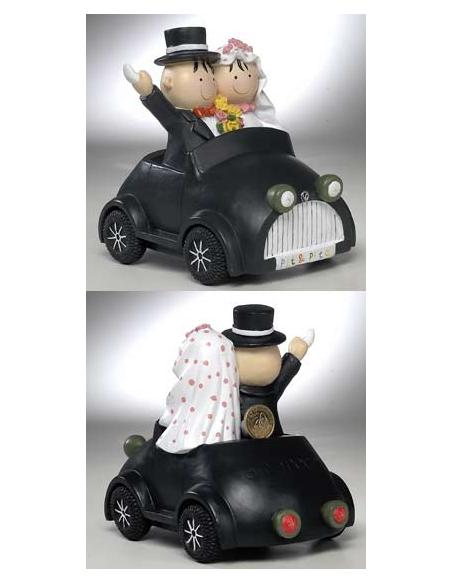 Figura tarta boda novios en coche