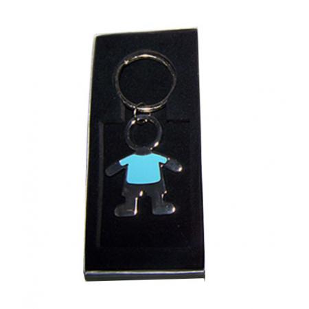Llavero esmaltado niño con camiseta azul, en caja plateada