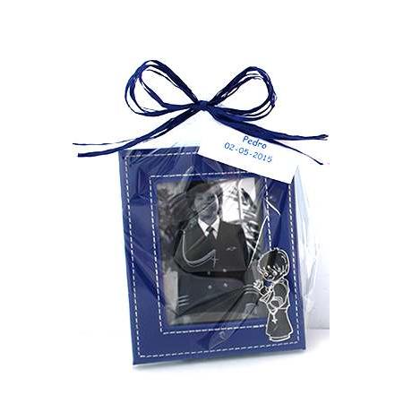 Marco de fotos silueta niño Comunión espejo en bolsa rafia y tarjeta personalizada.