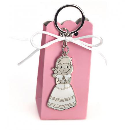 Llavero para detalles invitados Primera Comunión, niña con vestido lacado en blanco y ondas en el vestido