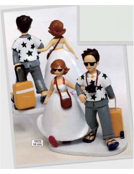 Figura tarta de bodas, novios preparados para la luna de miel