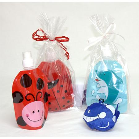 botella mariquita o delfín con mochila a juego y tarjeta personalizada