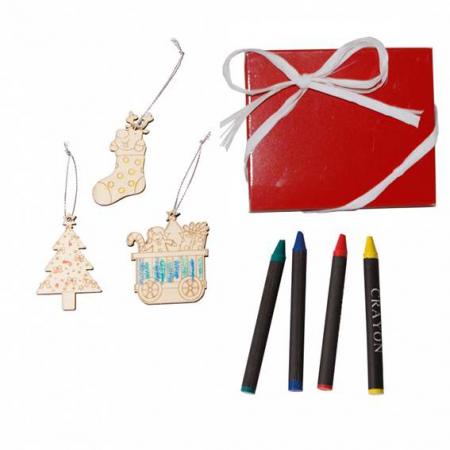 Adornos para el árbol de navidad para pintar y ceras. Detalles de niños