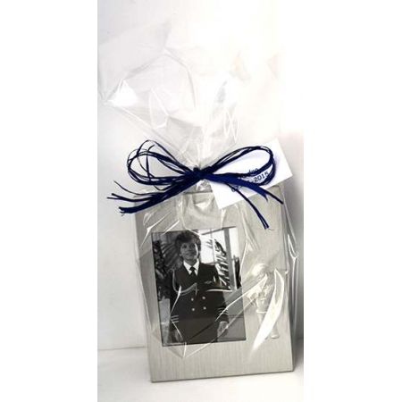 Marco de fotos en metal silueta niño Comunión, con bolsa rafia y tarjeta personalizada.