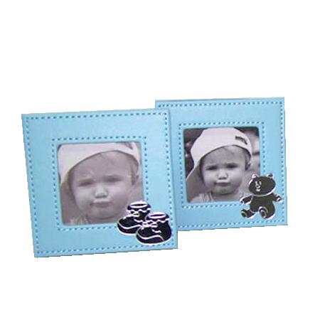 Marco de fotos simil pien en azul. Detalles para bautizo