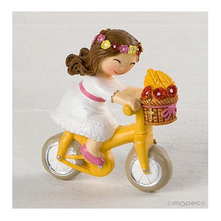 Imán en resina, niña Comunión en bici.