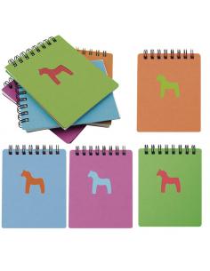Libreta con un dibujo de caballo y tapas de cartón
