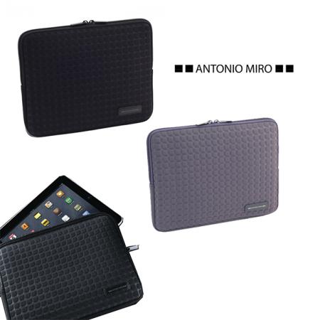 Funda para ipad Antonio Miro