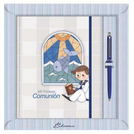 Diario para comunión, niño con vidriera de fondo
