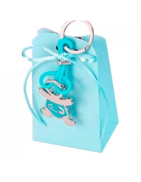 Llavero metal bebe con detalles azules, caja con peladillas y lazo