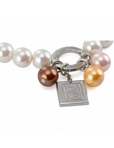 Detalle chapita pulsera perlas de Pertegaz