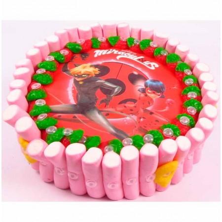 Tarta nubes ladybug para cumpleaños infantiles