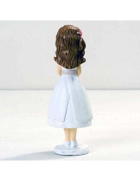 Vista posterior de la figura niña Comunión con vestido corto.