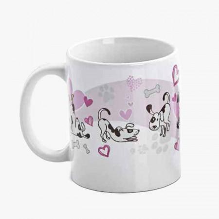 Taza decorada con corazones y mascotas, sin personalizar
