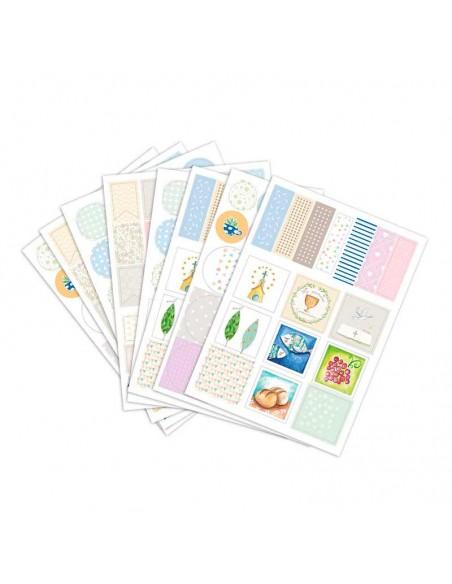 Incluye 152 pegatinas para decorar el libro de comunión con estuche