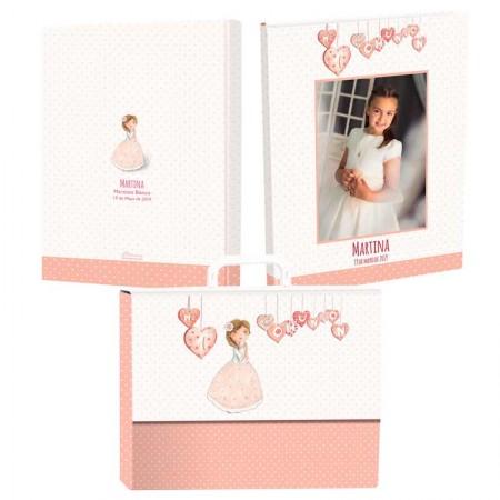 Libro personalizado de firmas para Comunión con maletín, niña corazones