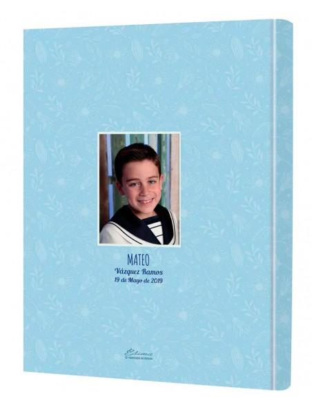 Contraportada personalizada con la foto del niño, nombre completo y fecha de la celebración