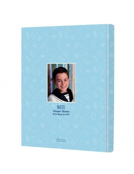 Dorsal del libro personalizado con la foto del niño, nombre y fecha de la comunión