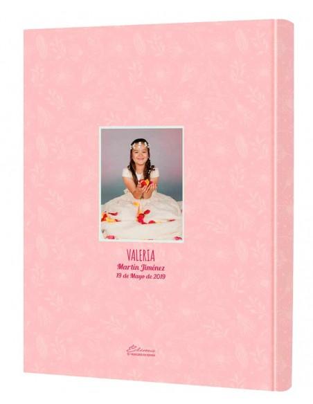 Dorsal del libro comunión personalizado con la fotografía de la niña, el nombre y la fecha