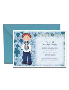 Invitación para Comunión, niño marinero con vela más sobre azul
