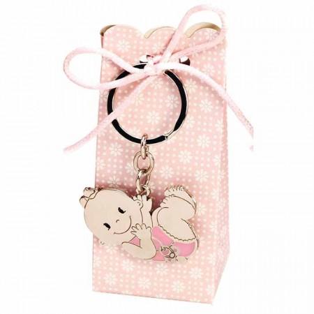 Llavero de metal con detalles en rosa, bebé niña con chupete y caja con peladillas