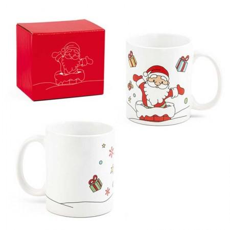 Taza navideña para regalo con Papá Noel repartiendo regalos