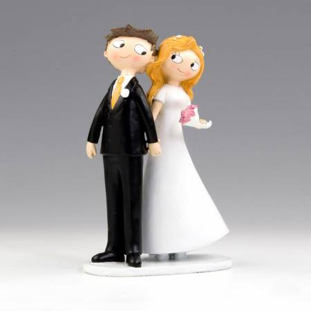 Figura novios cogidos de la mano. Figura para tarta de boda