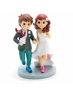 Figura para la tarta de boda novios corriendo