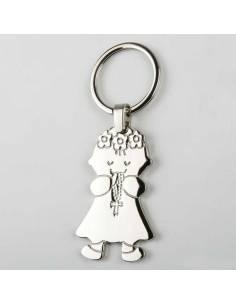 Llavero niña para Comunión, en metal. Con un rosario entre las manos.