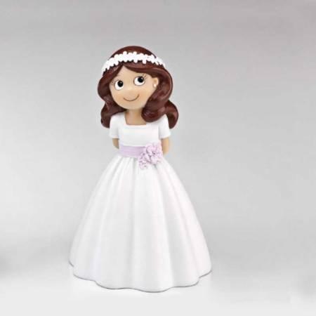 Muñeca niña con lazo lila para decorar la tarta de Primera Comunión