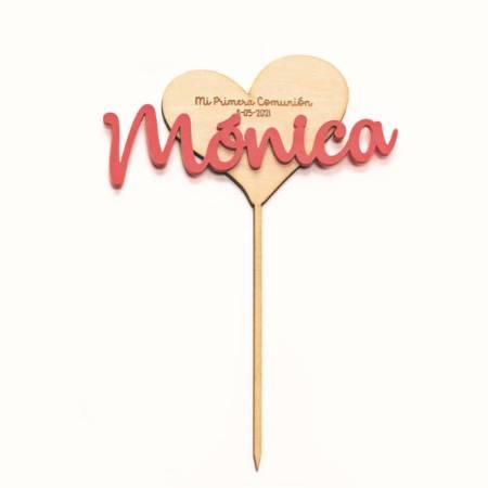 Cake topper corazón de madera y nombre en metacrilato, personalizado. Decoración para comunión