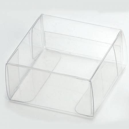 Caja transparente cuadrada de 5x5x3 cm.