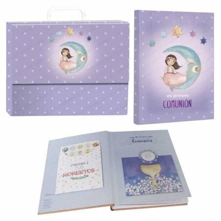 """Libro de firmas """"Mi Primera Comunión"""" con maletín, niña sentada en la luna"""