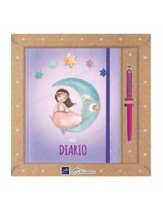 Pack diario Primera Comunión + bolígrafo Natur line. Niña con vestido rosa en la luna