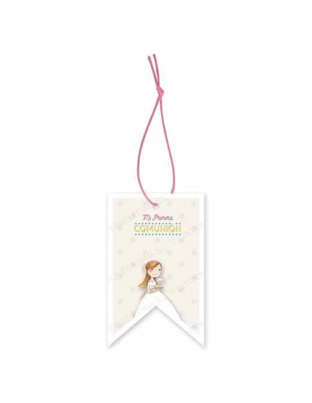 Etiqueta para los detalles de comunión decorada con una niña con un cáliz y el pan