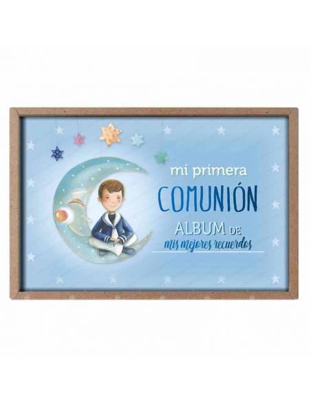 Presentación del álbum para comunión, niño marinero en la luna
