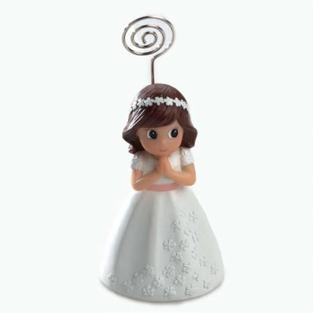 Clip Portafotos niña Comunión vestido blanco con flores relieve y fajín en rosa, diadema flores en el pelo.