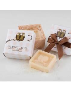 Detalles para invitados, jabón perfumado y tallado con forma de búhos
