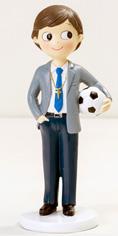 Figura tarta niño Comunión con traje y balón de fútbol