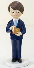 Figura tarta Comunión niño biblia en las manos